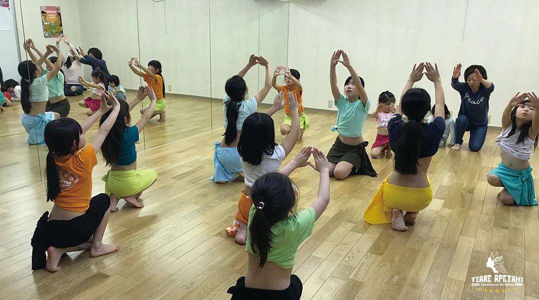 タヒチアンダンスキッズクラス、幼児から小学生の習い事