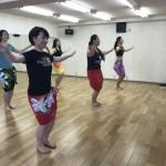 赤ちゃん連れてタヒチアンダンスの習い事!